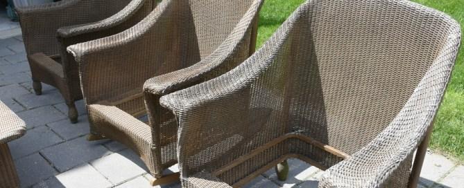 Wicker makeover, wicker patio set, painting wicker, refinishing wicker furniture