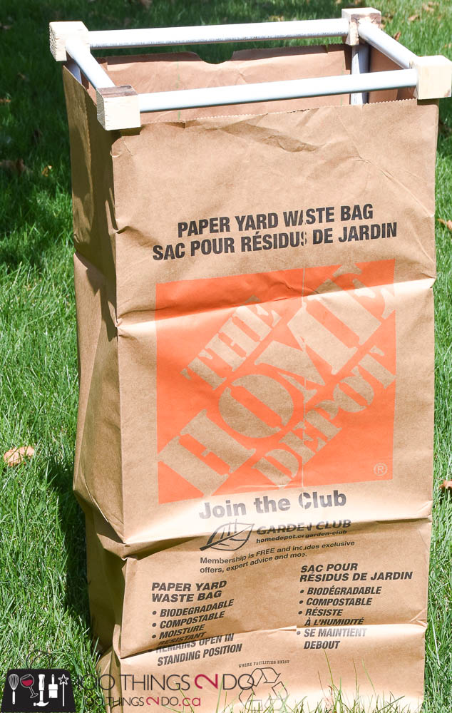 Yard clean up, Fall yard clean-up, leaf bag, compost bag, pvc project, how to keep your leaf bag open, yard material clean up, raking leaves