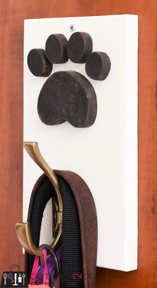Leash hook, leash holder, DIY leash holder, dog leash hook, scrap wood project, pet leash, pet organization