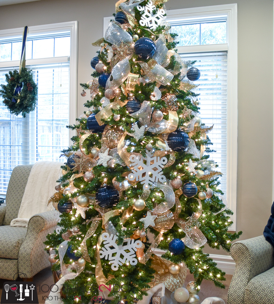 Christmas Tree Inspiration 2017: Christmas Tree 2017 - Navy, Gold And White