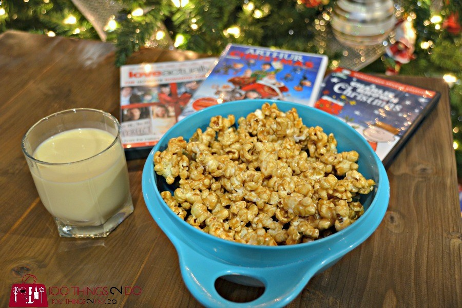 Quick and easy Christmas treats, Christmas baking, Holiday baking, caramel corn, microwave caramel corn