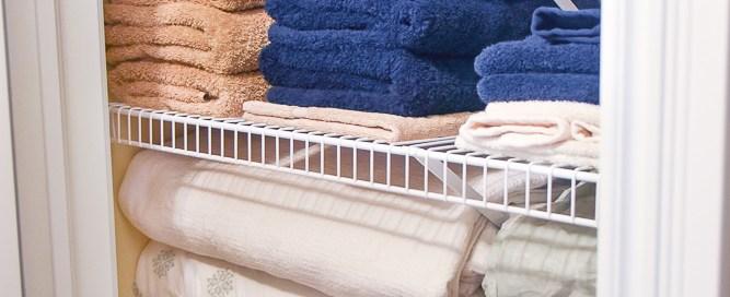 Organizing your linen closet, linen closet organization, linen closet, storing linens