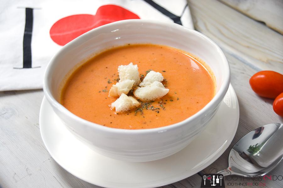 Cream of tomato soup, cream soup, hearty soup, tomato soup, best tomato soup, [...] </p data-recalc-dims=
