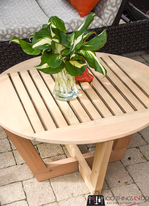 DIY patio coffee table, round coffee table, build your own coffee table, DIY patio furniture