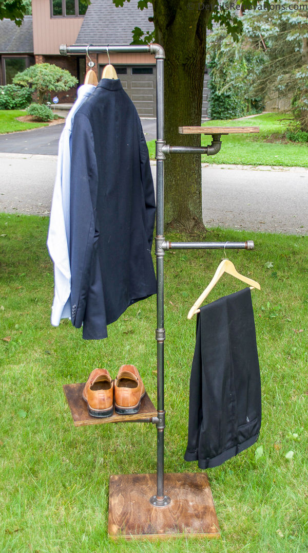 Industrial pipe valet, industrial pipe coat rack