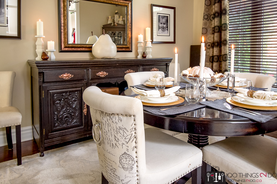 Fall dining room, fall dining table vignette, Fall centrepiece, Autumn dining room, Thanksgiving table