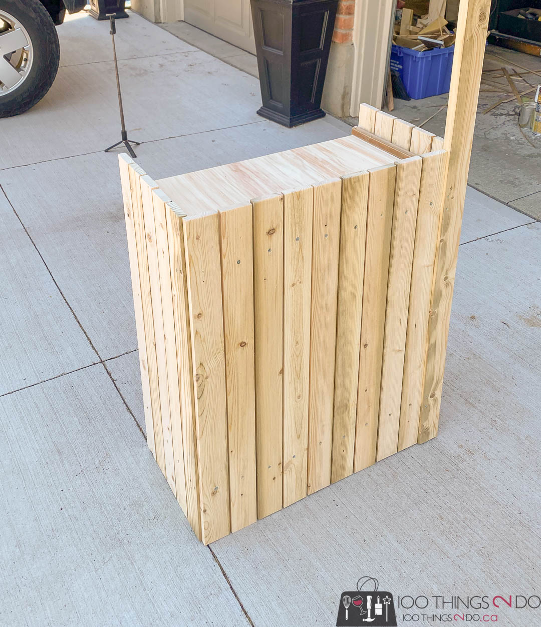 DIY lemonade stand, folding lemonade stand, collapsible lemonade stand