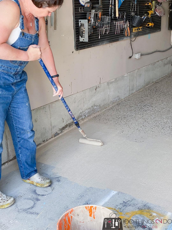 rolling on the epoxy floor coating