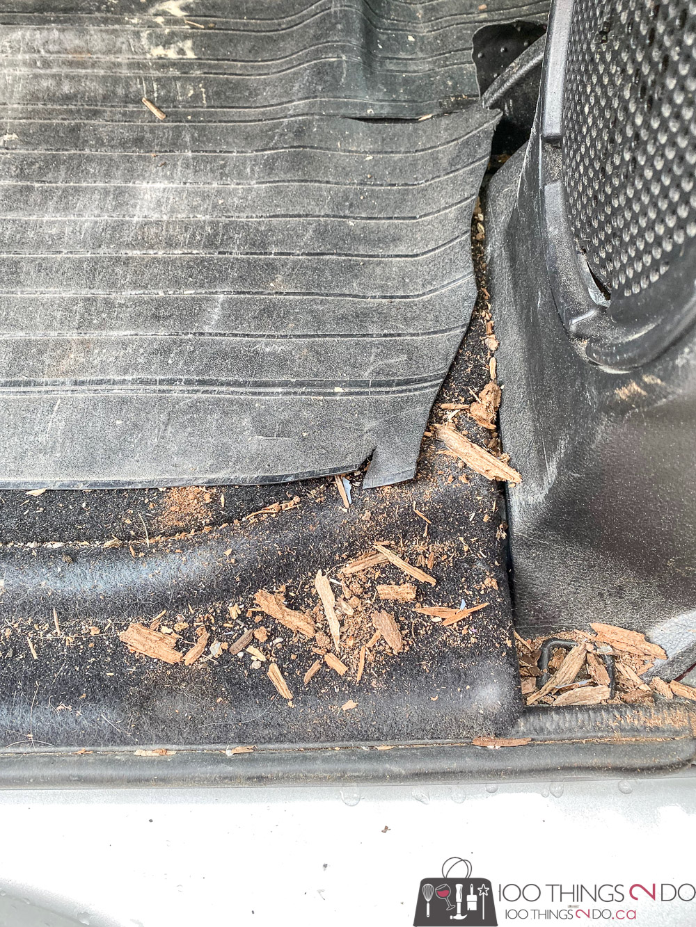 dirty jeep trunk