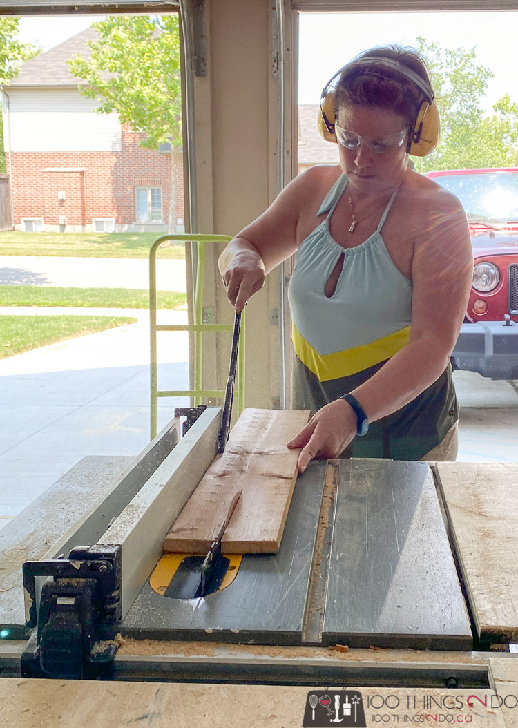 ripping down fence boards on a table saw