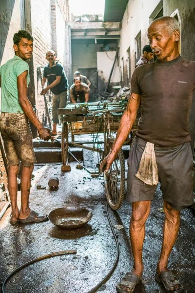 Rickshaw repair shop