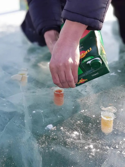Ice drink preparation