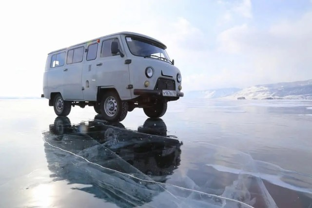 Tour van, Lake Baikal
