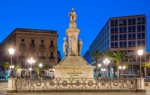Catania, monumento a Vincenzo Bellini
