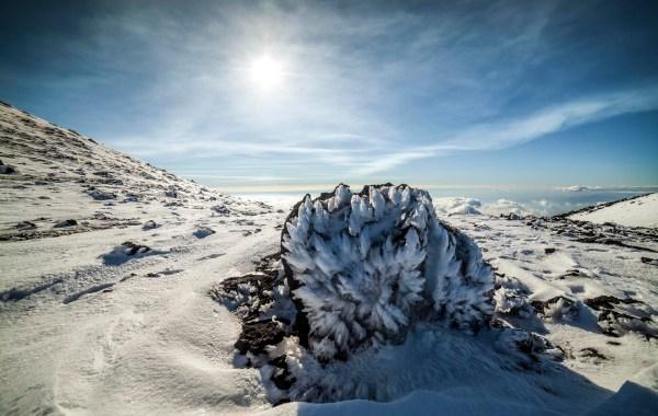 Etna, sculture di ghiaccio