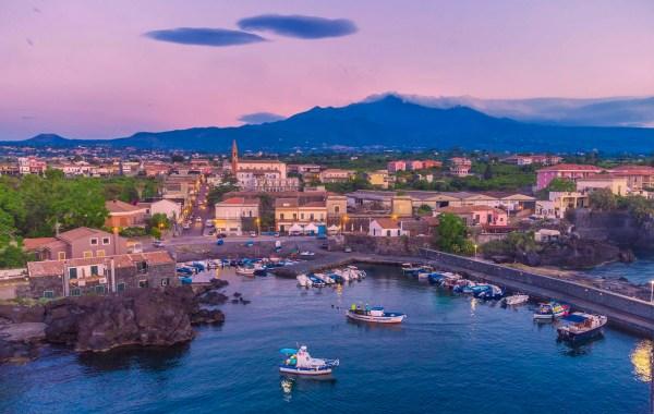 Etna, borgo di Pozzillo