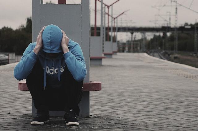 依存症に苦しむ人