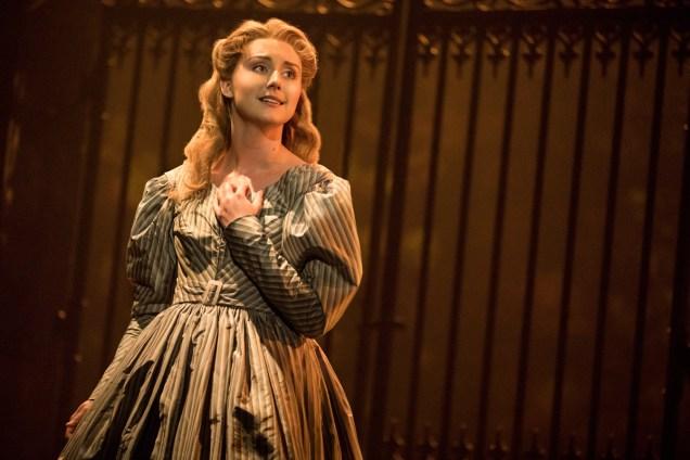 15_LM_TOUR_3091_Jillian Butler as Cosette