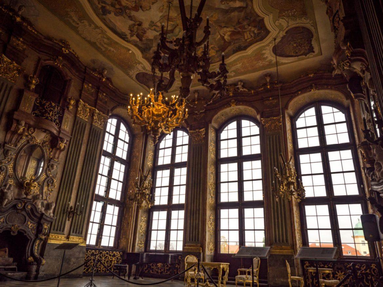 Zamek Moszna czy Zamek Książ