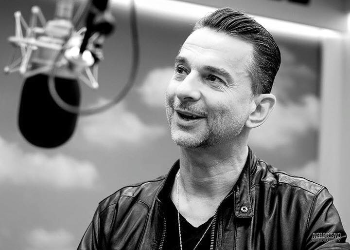 Dave Gahan w Whatever Radio Capital