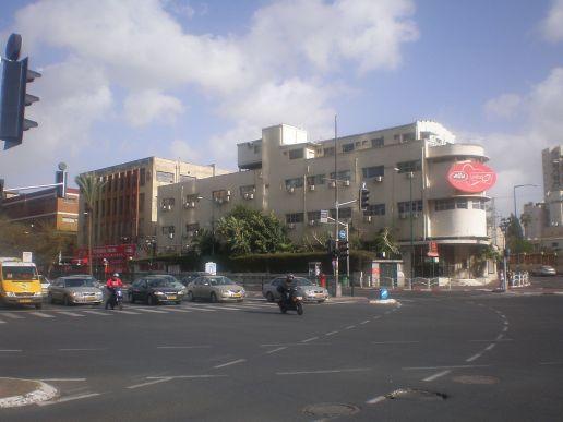 1280px-Elite_junction,_Ramat_Gan