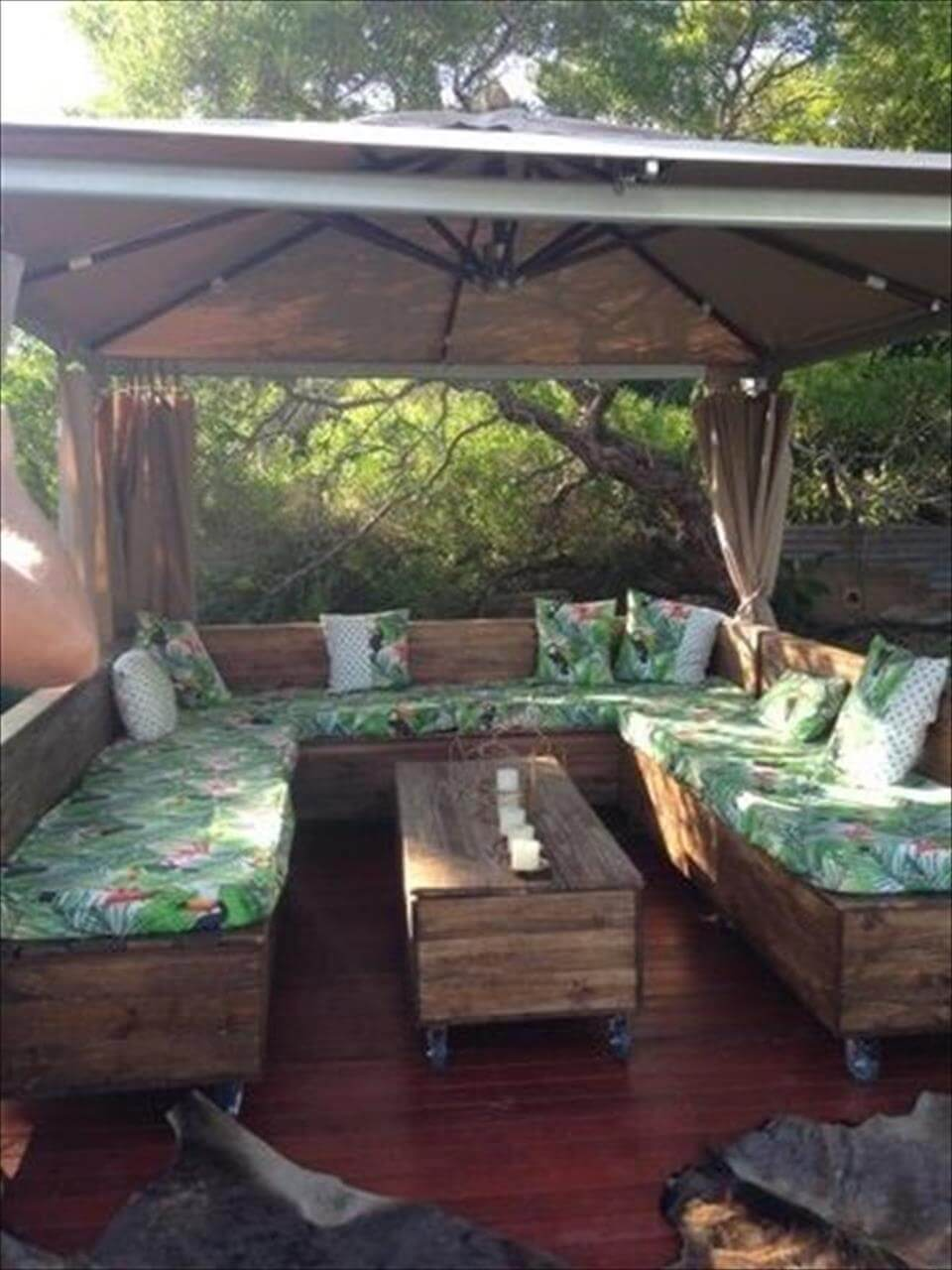 Gazebo Furniture Ideas
