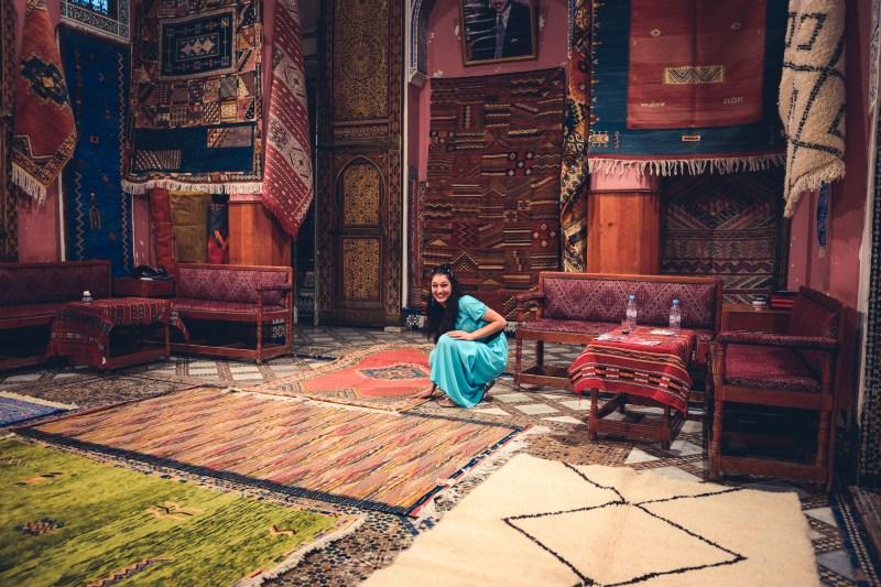 В магазин за килими във Фес, Мароко