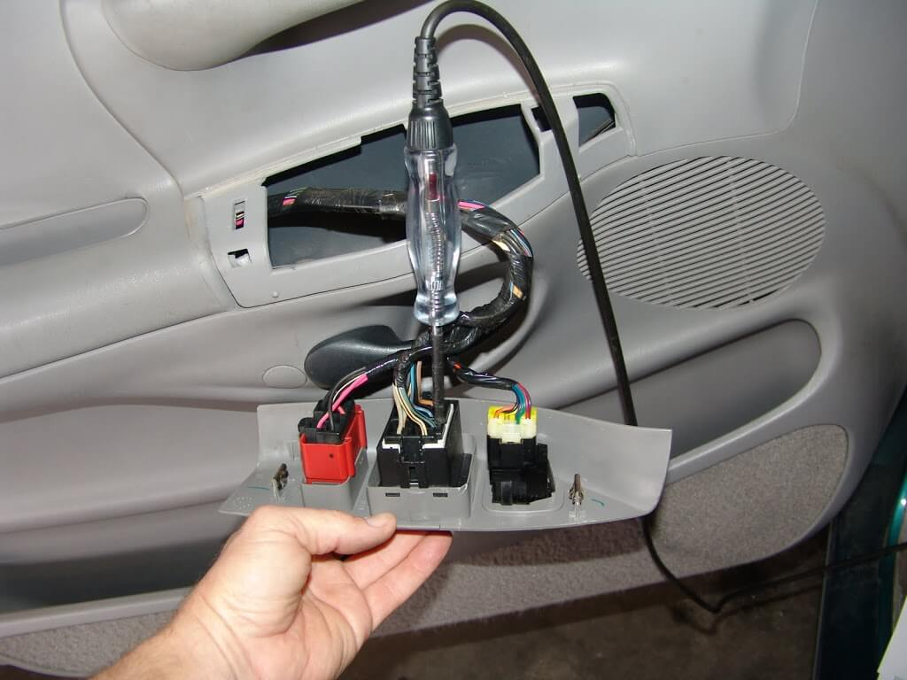Sparky 39 s answers 1997 ford f150 power windows inop for 2001 ford windstar power window switch