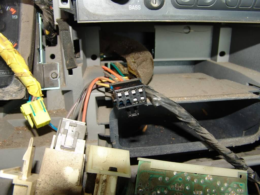 Sparkys Answers 1997 Gmc C1500 Pickup No Blower Part 1 97 Under Dash Wiring Harness If There Is Any Heat Discoloration The Switch And Connector Must Be Replaced At Same Time Or Condition Will Return Very Quickly