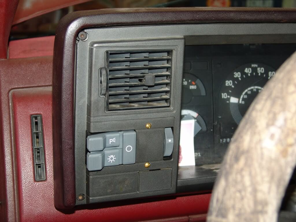 Instrument Wiring Diagram Also 1993 Chevy Silverado Fuse Box Diagram
