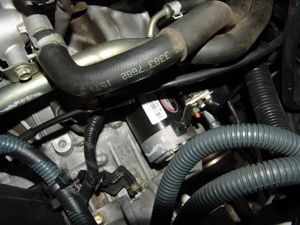 Sparkys Answers 2004 Nissan Altima P0507 Surging High Idle 2002 Maf 5 Wire Plug Diagram I Wanted To Take A Look At The Throttle Body So Removed Intake Tube By Loosening Clamp Mass Air Flow Sensor