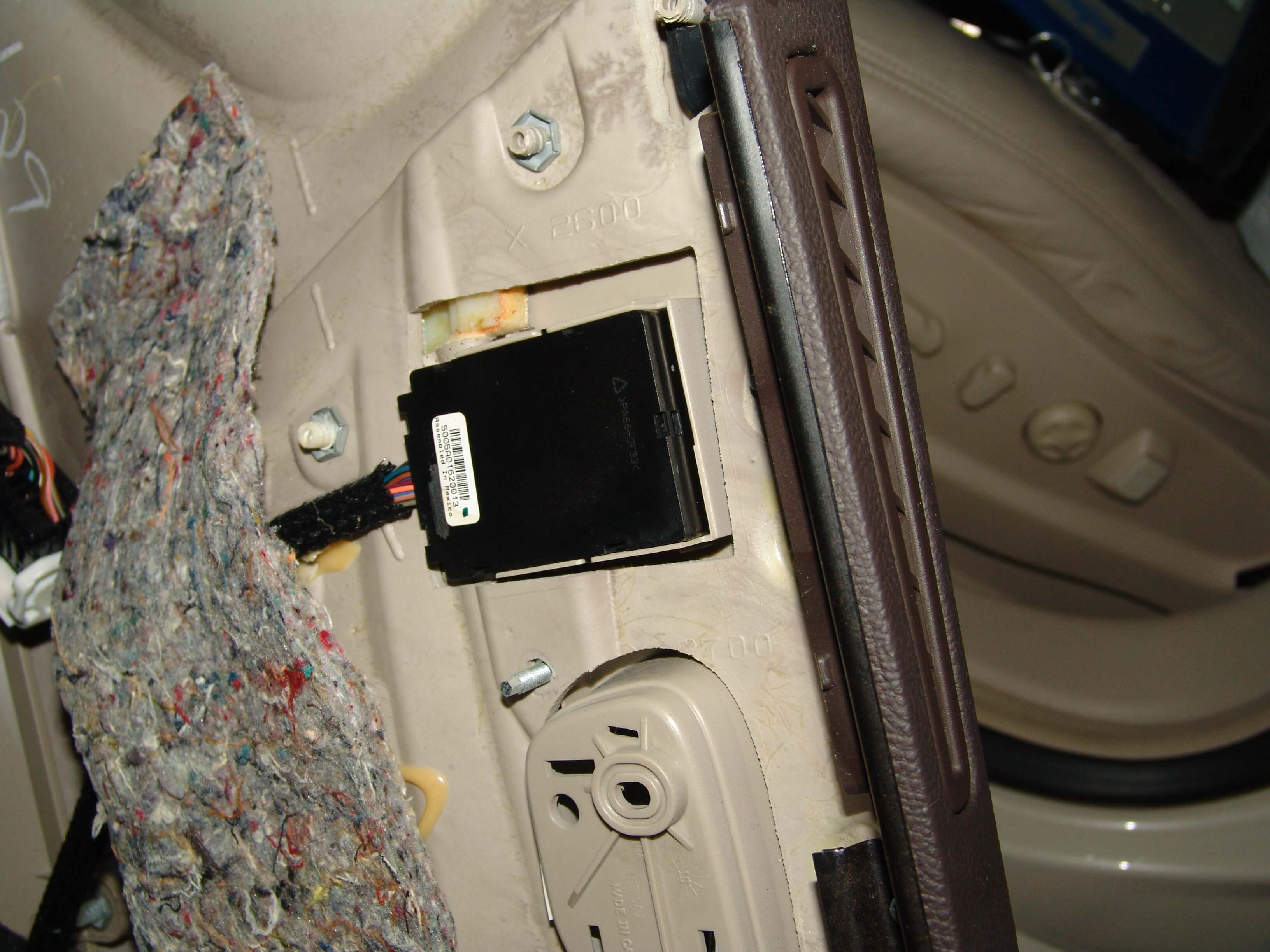 DSC09061 sparkys answers 2011 cadillac dts, battery goes dead overnight  at bakdesigns.co