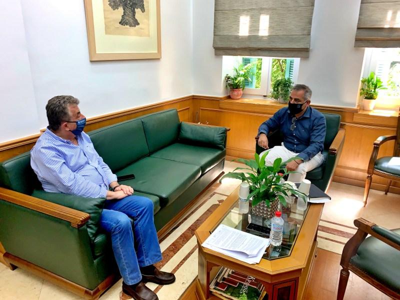 Συνάντηση Περιφερειάρχη Κρήτης με Δήμαρχο Οροπεδίου Λασιθίου