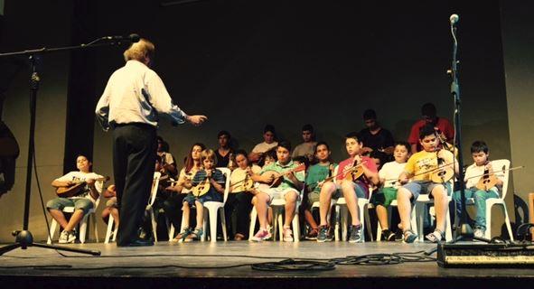 Έκλεψαν την παράσταση οι μαθητές της Μουσικής Σχολής του δήμου Ιεράπετρας στην ετήσια γιορτή της σχολής
