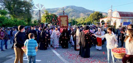 Με υποδοχή του λαβάρου της Αγίας Λαύρας ξεκίνησαν οι εκδηλώσεις για την Επέτειο της Ιστορικής Μάχης του Λασιθίου