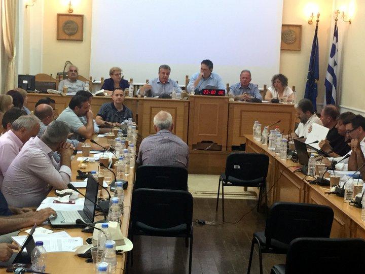 Σε κλίμα συγκίνησης η τελευταία συνεδρίαση του Περιφερειακού Συμβουλίου