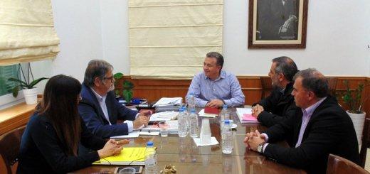 Περιφερειάρχης με Δημάρχους Λασιθίου για το Πρόγραμμα των ΟΧΕ