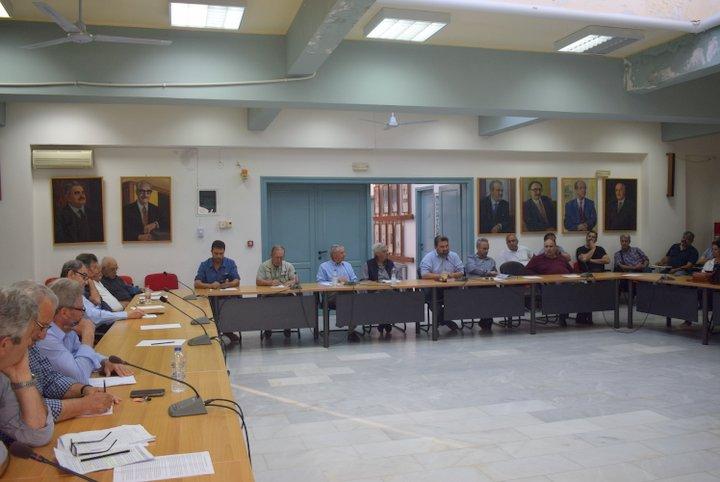 Αποφάσεις για ΒΟΑΚ και Σχολή τουρισμού ζητά ο δήμαρχος