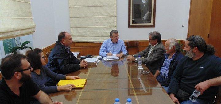 Συνάντηση Περιφερειάρχη Κρήτης Δημάρχου Αγ. Νικολάου για θέματα υλοποίησης υποδομών