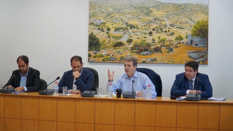 Τι δεν θέλει να καταλάβει ο κ. Χρυσοχοΐδης