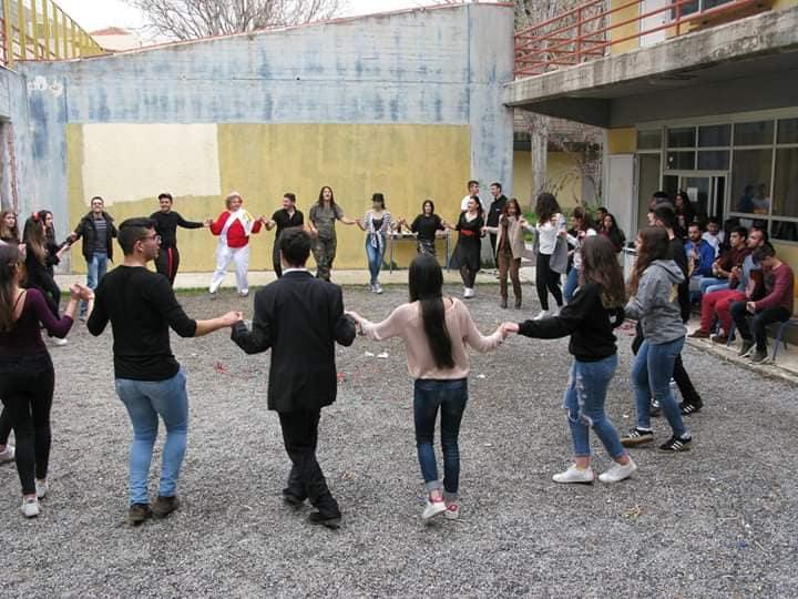 ΓΕΛ Νεάπολης, συγχαίρουμε τους 32 εισαχθέντες μαθητές μας