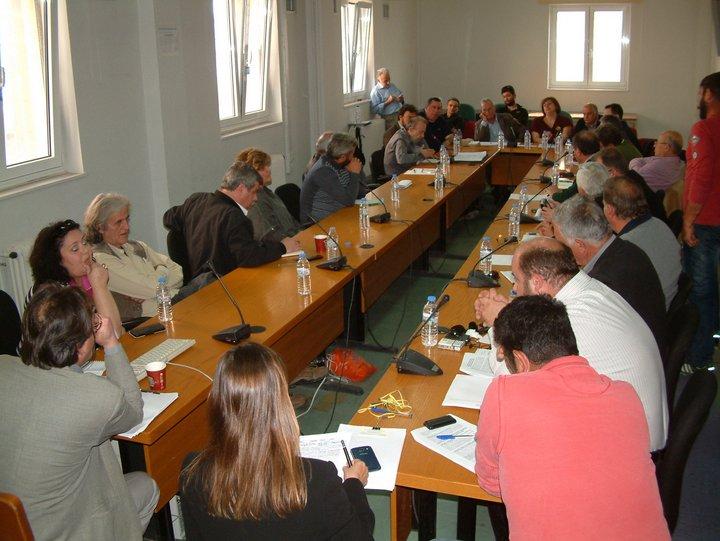 αγροτοσυνδικαλιστές και εκπρόσωποι συνεταιρισμών απ' όλο το Λασίθι