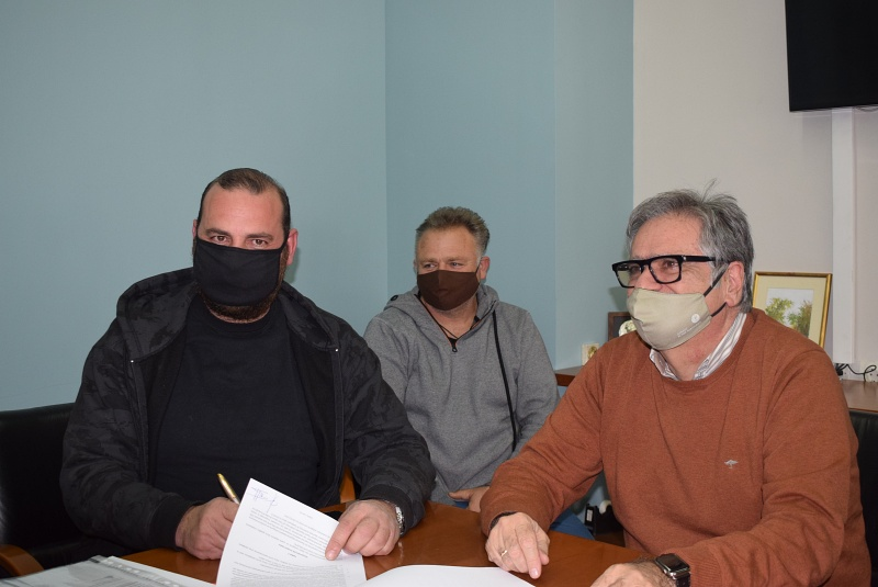 Υπεγράφη η σύμβαση για τα σφαγεία στις Κουρούνες