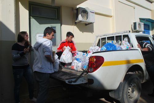 Από τα δείπνα των πρωτοχρονιάτικων χρόνων, τις 'Αγάπες' στο Κοινωνικό Παντοπωλείο στην Ελλάδα της οικονομικής κρίσης σήμερα