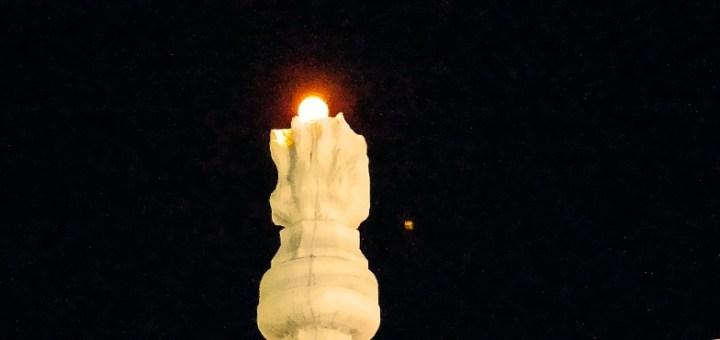 Η φλόγα στο ηρώο άναψε ξανά μετά από δεκαετίες