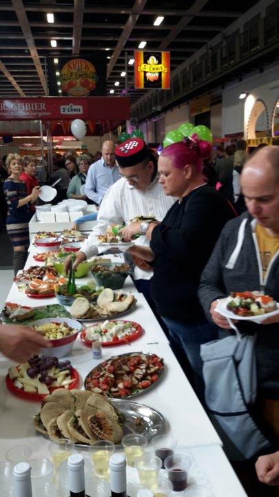 περισσότεροι από 1500 επισκέπτες είχαν την δυνατότητα να γευτούν παραδοσιακά εδέσματα