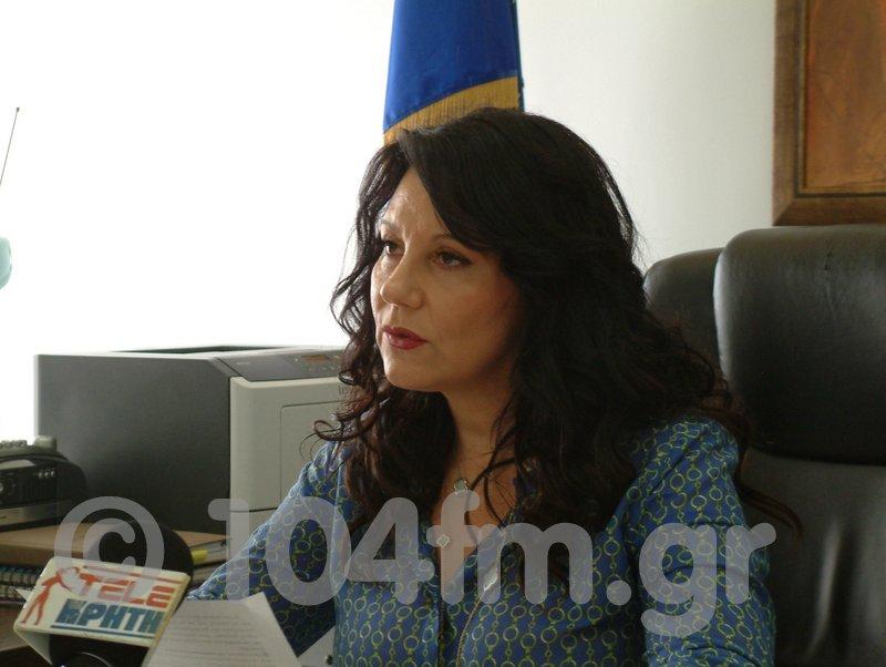 Η πρόεδρος του κέντρου Κοινωνικής Πρόνοιας περιφέρειας Κρήτης, Ελένη Τσαντηράκη