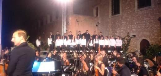 Συμφωνική Ορχήστρα Νέων Κρήτης και Νεανική Χορωδία Δήμου Ηρακλείου στο Αρκάδι