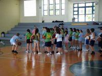 μια από τις ημέρες στο κλειστό γυμναστήριο με τους μικρούς εκπαιδευόμενους