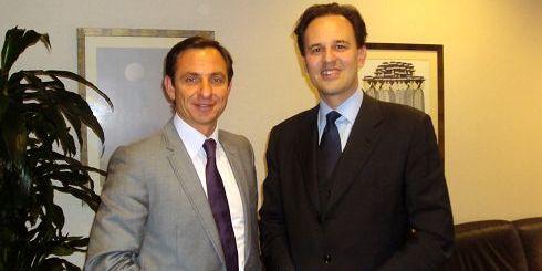 ο Γιώργος Χατζημαρκάκης, με τον υφυπουργό Εξωτερικών κ. Δρούτσα